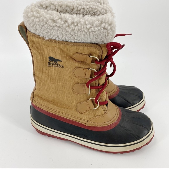 Sold Sorel brown winter snow boots
